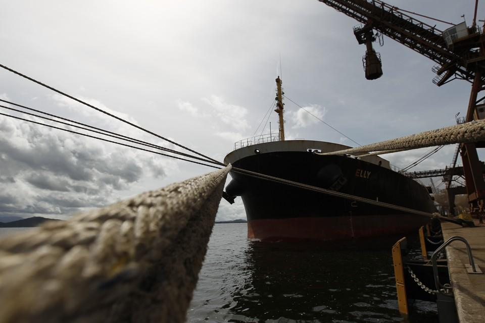 Porto de Paranaguá alcança 50 milhões de toneladas movimentadas em 2017